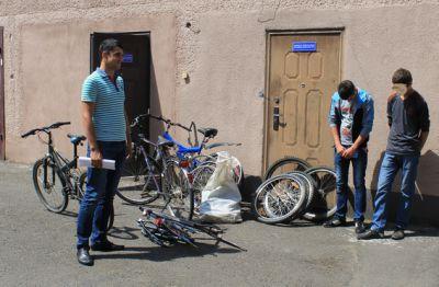 В Івано-Франківську викрили серійних крадіїв велосипедів
