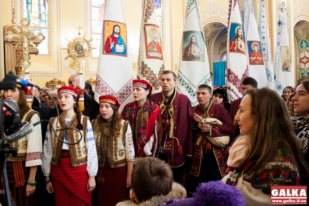 Kolyada-na-Mayzlyah-Mayzli-TSerkva-5849