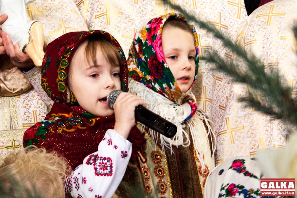 Kolyada-na-Mayzlyah-Mayzli-TSerkva-5897